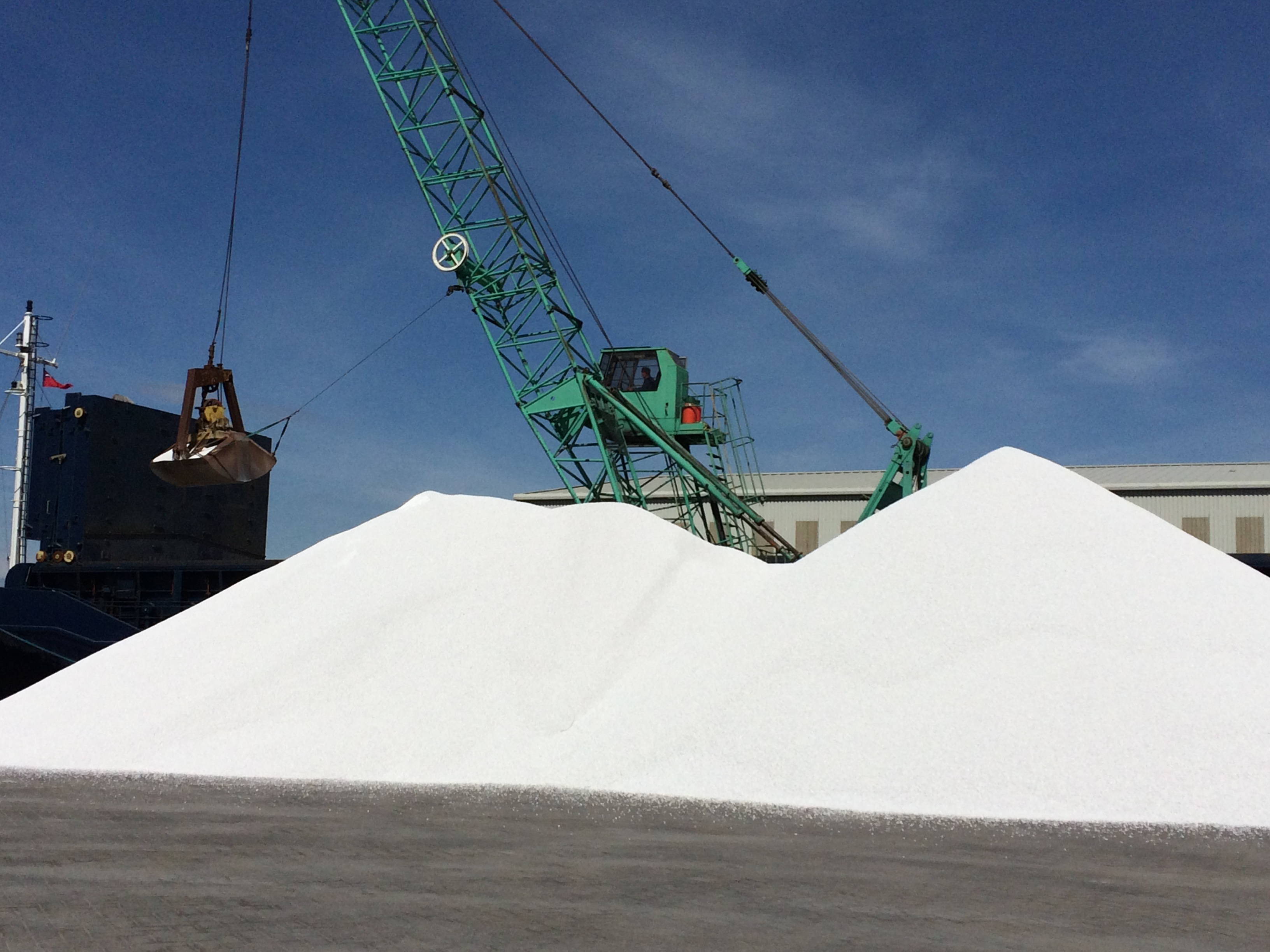 Another load of Essno arriving at the docks